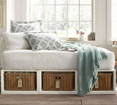 Daybed option instead of a twin bed in Colin's room - Stratton Storage Daybed with Baskets | Pottery Barn