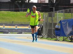 Craig Cynkin - gold medalist 2014 will not participating in 2015 due to injury. we wish you a speedy recovery Marathon, Recovery, Legends, Running, Sports, Gold, Racing, Hs Sports, Keep Running