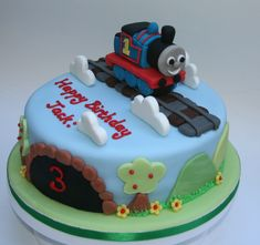 Thomas the Tank Engine Cake – Gluten free, nut free, dairy free… | etoileparties