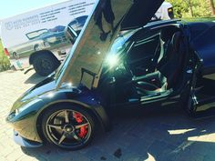 #welcome to #autorunnersdetailing! Let us #detail your #car the #right way! #racecar #autorunnersdetailing #autorunners #feslerdetail #feslernation #arizona #flossin #details #friday #fast #wax #cars #carshow #ferrari #LaFerrari #mobiledetailing #water #perfect #exoticcars #detailersofinstagram #autodetailing #black #clean