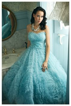 Vintage 50's' cocktail in sea blue...fabulous! My dream dress!!!!