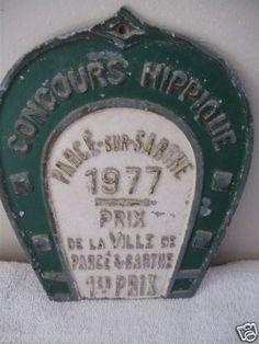Check out this 1977 Horse Show Plaque    1st Prize    Vintage Metal Plate    From France      Reads Concours Hippique    Parce-sur-Sarthe    1977    Prix    de la ville de Parce's Sarthe 1er Prix    Measures 7 inches          Great Addition to your Collection!