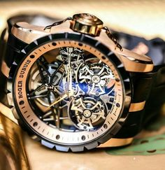 In some cases part of that image is the quantity of money you invested to use a watch with a name like Rolex on it; it is no secret how much watches like that can cost. Amazing Watches, Beautiful Watches, Cool Watches, Unique Watches, Men's Watches, Vintage Watches, Datejust Rolex, Skeleton Watches, Expensive Watches