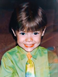 Harry Styles Baby, Harry Styles Pictures, Harry Edward Styles, Harry Styles Imagines, Fetus One Direction, One Direction Pictures, One Direction Memes, Harry Styles Wallpaper, Mr Style