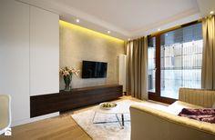 Projekt wnętrz Kolejowa - Średni salon z tarasem / balkonem, styl glamour - zdjęcie od MKdezere