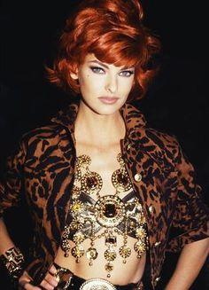 Linda Evangelista in Versace 90s
