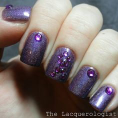 Alzheimers inspired nails