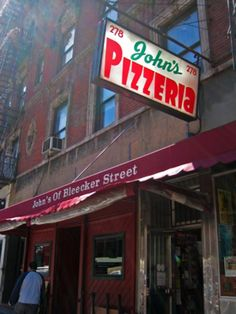 John's Pizzeria on Bleecker Street - Photo by Heather Cross, licensed to About.com