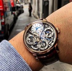LUXURY WATCH shine black rose gold Fancy Watches, Best Watches For Men, Expensive Watches, Elegant Watches, Luxury Watches For Men, Beautiful Watches, Men's Watches, Cool Watches, Fashion Watches