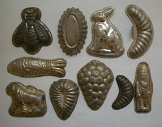 10 Vintage 1920s Czechoslovakia Christmas Cookies Baking Molds Chocolate Ice Cream, Chocolate Molds, Kitchen Stuff, Kitchen Ideas, Vintage Baking, Ice Cream Cookies, Cake Tins, Antique Stores, Czech Republic