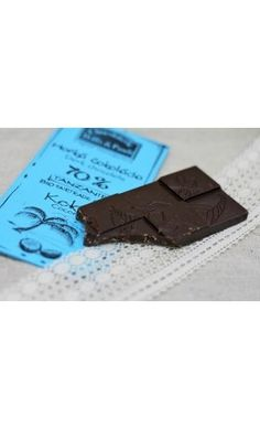 Chocolaterie Willy a Pauli BIO Hořká čokoláda Santo Domingo s Kokosem Chocolate, Food, Santo Domingo, Tanzania, Schokolade, Meals, Chocolates, Yemek, Eten