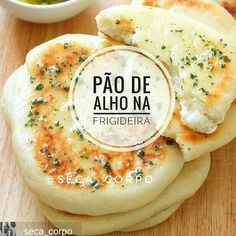 PÃO DE ALHO FIT TESTEI uma receitinha e deu super certo, claro que receita Boa, deve ser compartilhada. Ingredientes do pão de alho 🍞❤ 6…