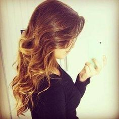wavy ombre hair - totes wish my hair was this long =(