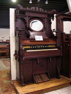 Mason & Hamlin - Single manual reed organ. Flickr - Photo Sharing!