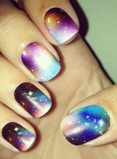 This galaxy nail design is outta this world! @Marissa Hereso Hereso Stout i immediately thought of you when I saw this. So awesome!