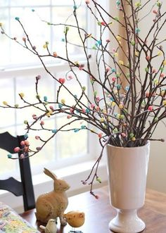 Hot glue jelly beans to tree branches for an adorable DIY craft Easter Tree. NIce Easter holiday or spring time idea. Holiday Fun, Holiday Crafts, Holiday Decor, Holiday Meals, Thanksgiving Crafts, Thanksgiving Table, Thanksgiving Decorations, Christmas Decor, Hoppy Easter