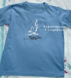 T-shirt requin tribal