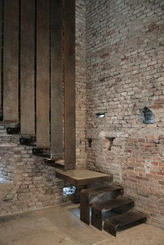 ♂ masculine interior design with rustic brick wall and modern simple design staircase - Museo di Castelvecchio - Carlo Scarpa