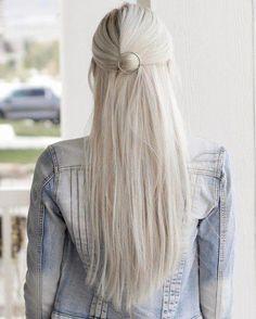 Half braided hairstyles, work hairstyles, party hairstyles, easy hairstyles f Short Hair Styles Easy, Short Hair Updo, Medium Hair Styles, Curly Hair Styles, Natural Hair Styles, Short Wavy, Hair Medium, Hair Ponytail, Work Hairstyles