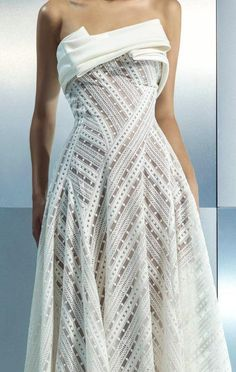 Pleated Fabric, Lace Fabric, Gown Pattern, Couture Details, Fashion Details, Haute Couture Fashion, Looks Cool, Fitted Bodice, Dress To Impress