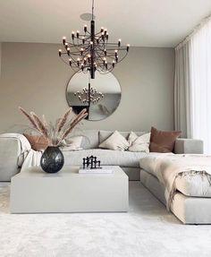 """Vår fantastiska soffa """"Stradford"""", den här även med en tillhörande pall finner vi hos @lk.living. Så otroligt fint! Vilken exklusiv känsla ! Stradford är just nu på kampanjpris och finns i många olika storlekar samt andra modeller med bl.a. smalare armstöd, hos @hemdesigners .se 🤍 #lovelyinterior #loungesoffa #vardagsrum #home-design #scandinavianhome #interior4inspo #dream-interiors #heminredning #hem-inspiration #passio4interior #inspiremehomedecor #design #exklusiveinterior #hemdesigners Front Room Decor, Living Room Decor Cozy, My Living Room, Living Room Inspiration, My New Room, Home Interior Design, Interior Paint, Living Room Designs, Decoration"""