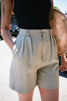 VINTAGE | Linen Shorts - Light Grey (6)