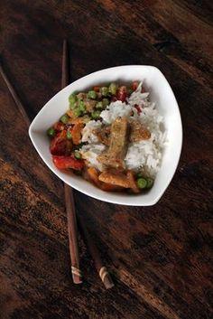 Scharfes Thai-Curry mit Seitan (vegan)