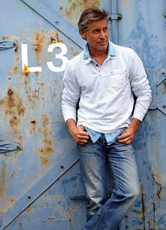 casual-outfits-for-men-over-40-16 http://www.99wtf.net/trends/importance-wear-mens-shoes/
