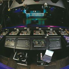 Ministry of Sound/ Booth