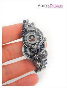 Soutache braccialetto bracciale orientale grigio di AdityaDesign