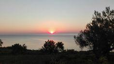 Così com'è.  #buongiornocosì #alba #sunrise #abruzzo #sanvito