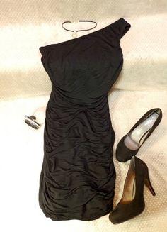 168e397d7be09 Robe de soirée pailletée noire neuve - vinted.fr