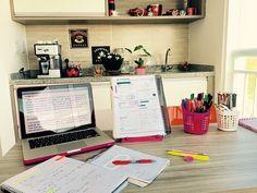 Image de study, book, and motivation Study Space, Study Desk, Study Office, Work Desk, School Motivation, Study Motivation, Study Organization, Math About Me, Study Hard