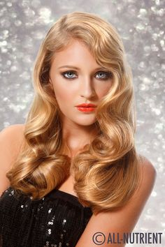 Sultry retro glamorous curls!