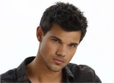 Someone is growing up very nicely. Taylor Lautner.