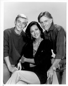 Silver Spoons is an American sitcom that aired on NBC from September 1982 to May 1986 Starring Ricky Schroder (now grown up and called Rick) Joel Higgins Erin Gray Leonard Lightfoot Franklyn Seales Alfonso Ribeiro 80 Tv Shows, Old Shows, Buck Rodgers, Ricky Schroder, Alfonso Ribeiro, Erin Gray, Lifetime Movies, Online Photo Gallery, Young Actors