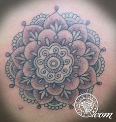 mandala tattoos for women   Tatuagem Mandala Flor Nas Costas Tattoo De Lotus Wallpapers