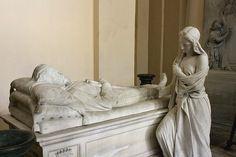 Sarcofago del Generale Antonio Cascino