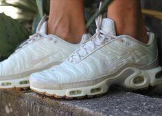 ONYGIRL Sonja hat sich in den Nike Tuned 1 in All White verliebt! Wir können es…