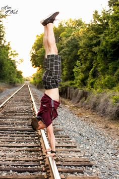 senior pictures, ideas for guys, locations, lake, railroad tracks, gymnast, Texas Aggie