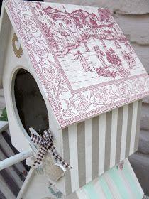 Casas de pájaros decorativas pintadas y con decoupage.  Son tres.         VENDIDA                      Vendida la de techo rayado verde    ...