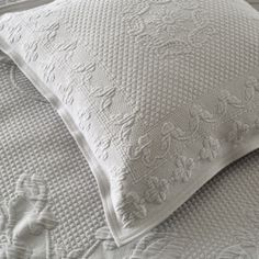 Inspired by the French vintage matelassé style with an embossed look of a hand-stitched quilt, the contemporary-feel pieces are woven for us in Portugal with a beautiful floral piqué design. The tumbled washed finish also has an incredibl Small Cushion Covers, Small Cushions, Bed Cushions, White Bedspreads, White Pillow Cases, Detail Shop, Chart Design, The White Company, Nice To Meet