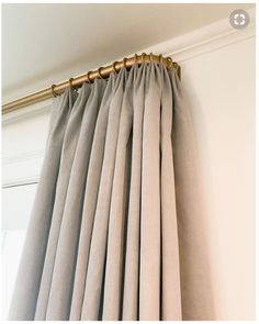 Bedroom curtains with blinds drapery hardware 70 Ideas Grote ramen, kleine ramen, voor elk House Blinds, Blinds For Windows, Bay Windows, Custom Drapes, Custom Windows, Drapery Panels, Panel Curtains, Curved Curtain Rod, Curtain Panels