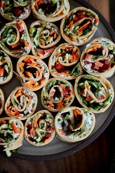 Fresh cream cheese roll-ups made with homemade crepes, whipped herbed cream cheese, and loads of shredded vegetables. A perfect on-the-go lunch! Sandwiches For Lunch, Wrap Sandwiches, Finger Sandwiches, Healthy Sandwiches, Carrot Recipes, Whole Food Recipes, Blender Recipes, Homemade Crepes, Cream Cheese Roll Up
