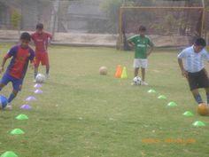 Entrenando con la categoría sub 12 en el Complejo Deportivo San Andres.