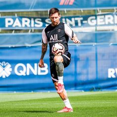 Messi Psg, Fc Barcelona Wallpapers, Lionel Messi Wallpapers, Finance Blog, Tokyo Olympics, Latest Sports News, Manchester City, Cristiano Ronaldo, How To Be Outgoing