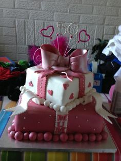 50th 2 tier birthday cake for a very special mum
