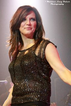 Check out our interview with country music superstar #MartinaMcBride