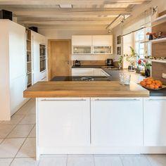 Küchen Design, House Design, Room Inspiration, New Homes, Kitchen, Table, Furniture, Houses, Home Decor