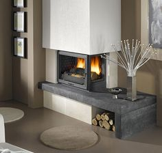 Turbo cast iron Venice fireplace in blue stone and beige Brétignac, equipped with 3 . Home Fireplace, Fireplace Design, Fireplace Stone, Interior Design Living Room, Living Room Decor, Bed Headboard Design, Stove Accessories, Paint Your House, House Design